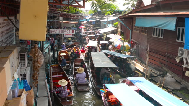 floating market - thai culture stock videos & royalty-free footage