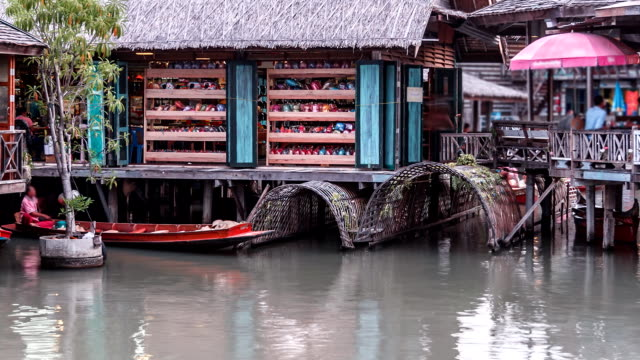 floating market village time lapse - pattaya stock videos & royalty-free footage