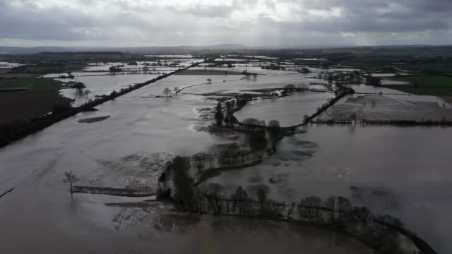 flooded fields seen following storm dennis on february 18, 2020 near marden, herefordshire, england. storm dennis is the second named storm to bring... - herefordshire stock videos & royalty-free footage