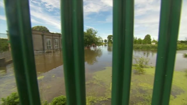 a flooded pumping station in wainfleet lincolnshire - lincolnshire stock videos & royalty-free footage