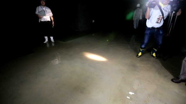 Flooding beneath some of the buildings at the replacement site for the worldfamous Tsukiji wholesale market in Tokyo raises fresh questions about the...