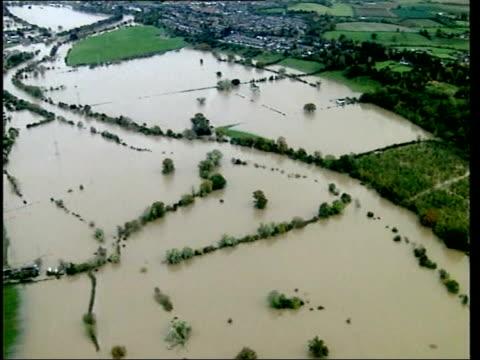 vídeos y material grabado en eventos de stock de new map to highlight problem areas lib shrewsbury flooded town - shrewsbury