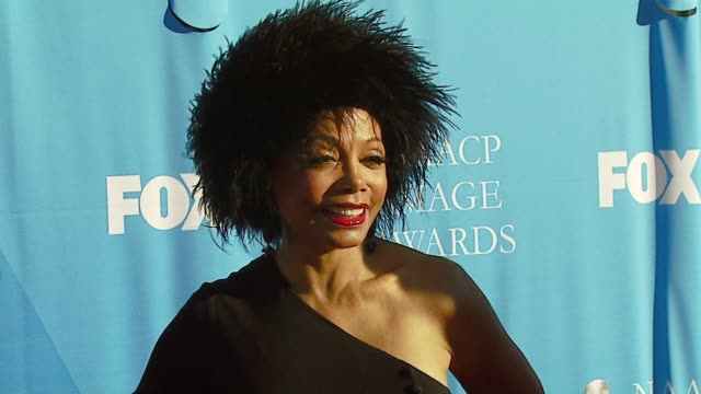 vídeos de stock, filmes e b-roll de florence larue at the 38th naacp image awards at the shrine auditorium in los angeles, california on march 2, 2007. - shrine auditorium