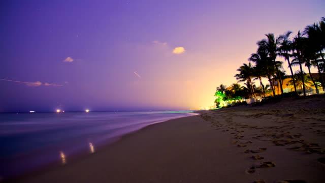 HD TIME LAPSE: Florida Beach At Dusk
