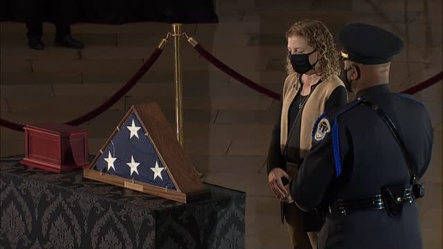 florida congresswoman debbie wasserman schultz pays respects to late capitol police officer brian sicknick who lay in honor in capitol rotunda hours... - 光栄点の映像素材/bロール