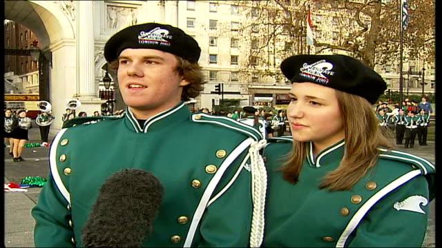 vídeos de stock, filmes e b-roll de florida school band prepare for london's new year's day parade vox pops band members - dia do ano novo