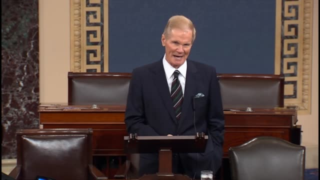florida senator bill nelson discusses the downsizing of centrifuges enriched uranium by iran under a proposed nuclear deal - uran stock-videos und b-roll-filmmaterial