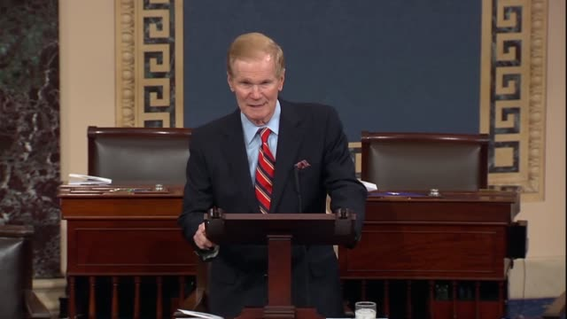 vídeos de stock, filmes e b-roll de florida senator bill nelson says that having spent time with families of marjory stoneman douglas high school shooting victims parents could only... - columbine