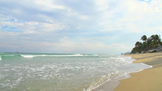 vídeos de stock, filmes e b-roll de super câmera hd-seg: costa da flórida - acampamento de férias