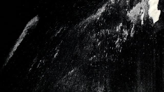 vídeos y material grabado en eventos de stock de harina de salpicaduras - texturas