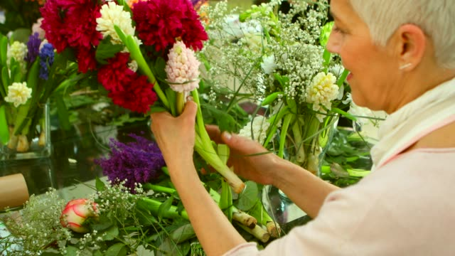 flower workshop - short hair stock videos & royalty-free footage