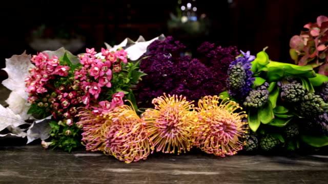 flowers arrangements - flower shop stock videos & royalty-free footage