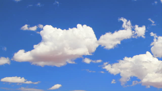 fluffy clouds: hq 1080p 4:4:4 rgb - white cloud sky stock videos & royalty-free footage