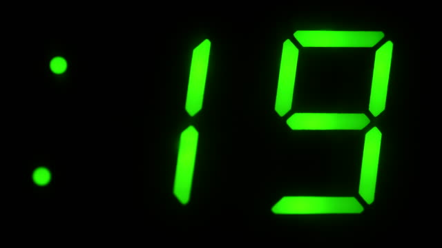 stockvideo's en b-roll-footage met fluorescent display - countdown
