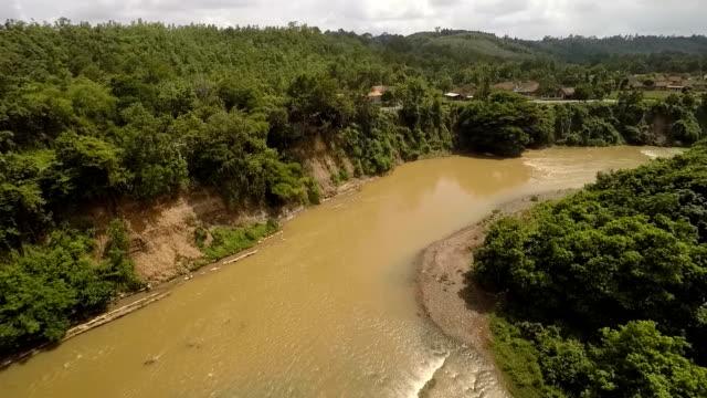 Fly Follow The River, Sumatra