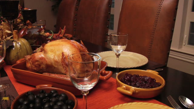 fly over thanksgiving dinner - thanksgiving plate stock videos & royalty-free footage