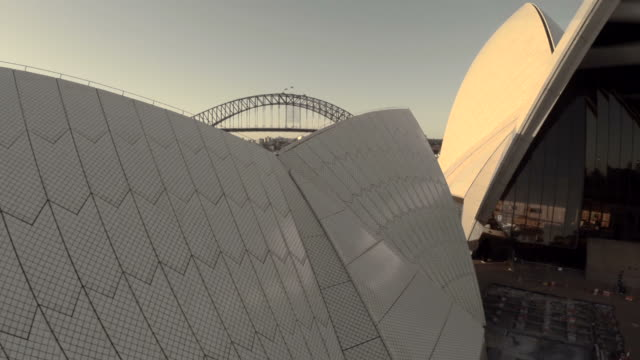 Fly through Sydney Opera House sails to reveal Sydney city