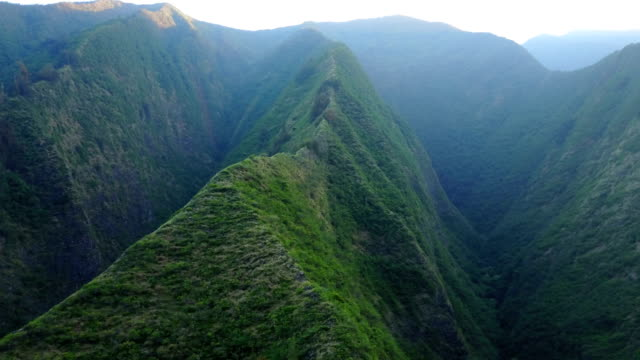 Flying Around Massive Spine of Mountain on Maui Island