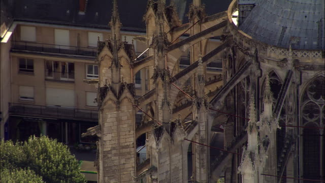 AERIAL MS flying buttresses on Beauvais Cathedral/ Beauvais, France