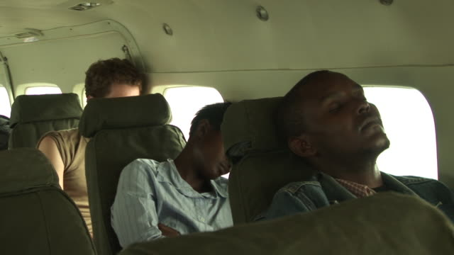 flying kenya to juba, south sudan - north africa stock videos & royalty-free footage