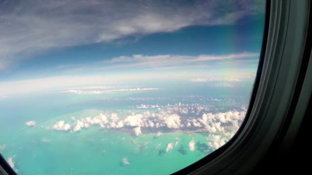 stockvideo's en b-roll-footage met vliegen over bahamas - bahama's