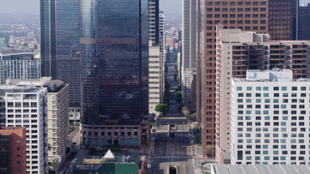 flying over empty downtown street during coronavirus pandemic - flatten the curve stock videos & royalty-free footage