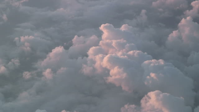 Flying over the pink clouds 5 - HD 1080/60i