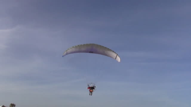 flying paragliding - silvestre stock videos & royalty-free footage