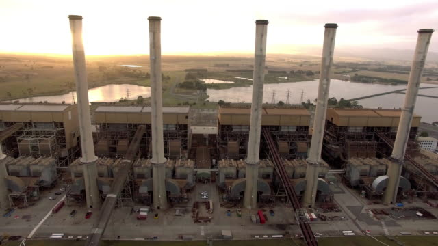 vídeos de stock, filmes e b-roll de flying through the towers of the hazelwood power station in the latrobe valley, victoria. - david ewing