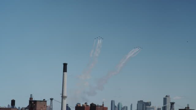 flyover for frontline workers above new york. - saluting stock videos & royalty-free footage