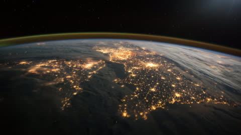 überführung frankreich, england und nordirland. blick vom platz. - image stock-videos und b-roll-filmmaterial