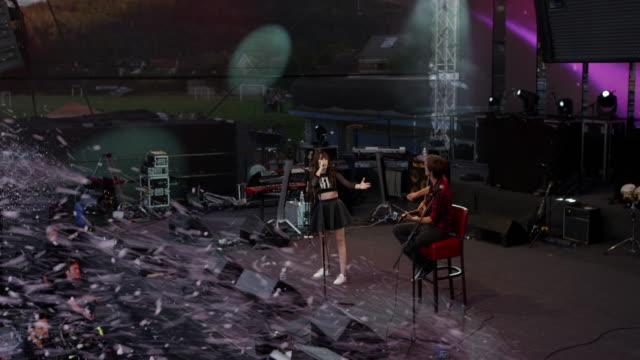 CS Foam effects at a daytime concert