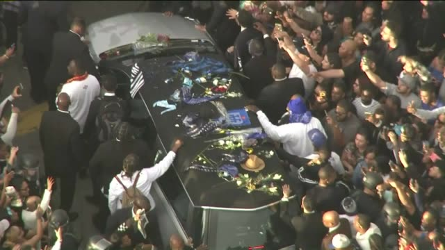 ktla following the memorial service for the late la rapper nipsey hussle at the downtown staples center a funeral procession was progressing through... - inglewood video stock e b–roll