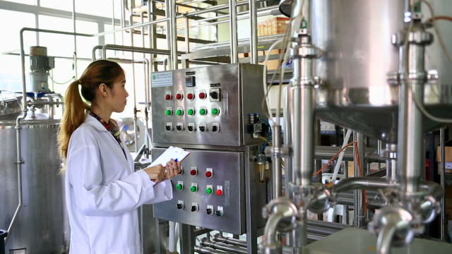 food and pharmaceutical technology - food processing plant stock videos & royalty-free footage