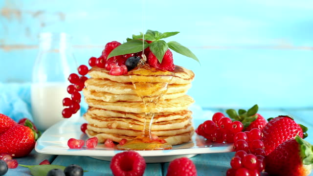 food cinemagraphs - pancake stock videos & royalty-free footage