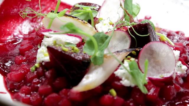 vídeos de stock e filmes b-roll de food dish - ingrediente