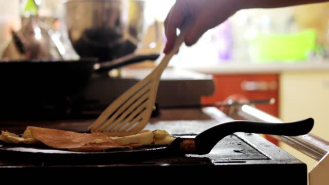 vidéos et rushes de mésaventures de nourriture - accident domestique