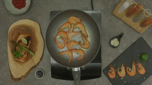 preparazione del cibo - ricetta video stock e b–roll