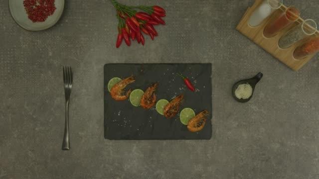 vídeos y material grabado en eventos de stock de preparación de alimentos  - receta instrucciones