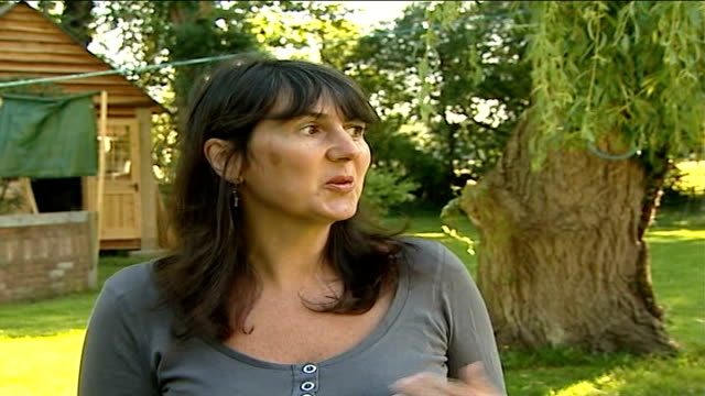 stockvideo's en b-roll-footage met foot and mouth disease outbreak in surrey confirmed anne lyon interview sot - foot and mouth disease