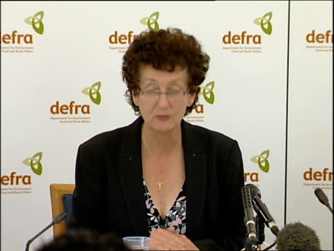 stockvideo's en b-roll-footage met foot and mouth disease outbreak in surrey confirmed london debby reynolds press conference sot one of the first actions i took was to ask the... - foot and mouth disease
