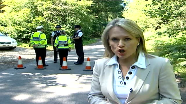 stockvideo's en b-roll-footage met foot and mouth disease outbreak in surrey confirmed reporter to camera - foot and mouth disease