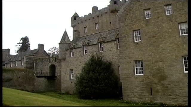 Tourist industry leaders in Scotland ITN SCOTLAND Inverness Cawdoor Castle Cawdoor Castle entrance GVs Cawdoor Castle CS Coat of arms with deer and...