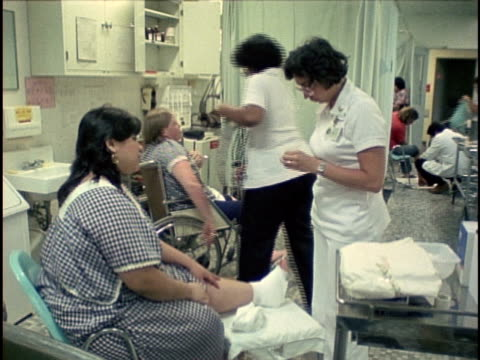 1978, ms foot surgery ward, los angeles, california, usa - 包帯点の映像素材/bロール