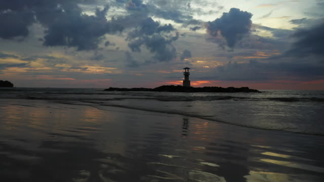 footage aerial view of khao lak lighthouse during sunset, phangnga, thailand - 島点の映像素材/bロール