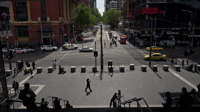 4k footage : daily life along the yarra river - winding road stock videos & royalty-free footage