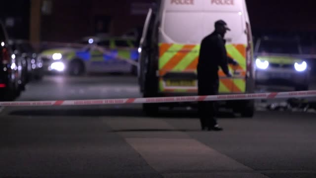 footage from cunningham place near regent's park after a man was fatally stabbed - stechen stock-videos und b-roll-filmmaterial