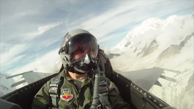 stockvideo's en b-roll-footage met footage from the back seat of a 119th fighter squadron 177th fighter wing new jersey air national guard f16d fighting falcon multirole fighter... - new jersey