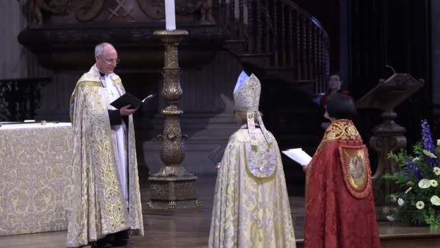 footage from the instalment ceremony of the first ever woman new bishop of london bishop sarah mullally can be seen being anointed and moving around... - bishop of london stock videos & royalty-free footage