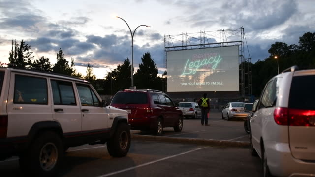 footage from the legacy drive-in. it was created in response to the covid19 pandemic and is just one of many drive in's that have popped up as... - film screening stock videos & royalty-free footage